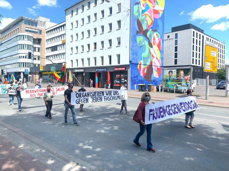 Almanya'daki Kürdistanlılardan işgale karşı eylem
